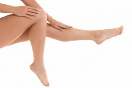 Come combattere la nemica numero 1 di ogni donne: la cellulite; il tutto con rimedi semplici ma efficaci.