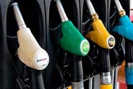Nuovi rincari per la benzina