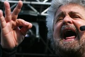 """Grillo: """"L'Italia è, di fatto, già fuori dall'euro."""""""