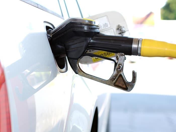 Costo Benzina e Diesel a Ferragosto: dove fare il pieno spendendo di meno
