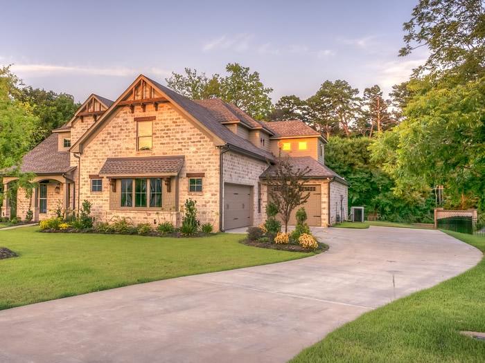 Prestiti ai figli per comprare casa: come regolarsi con il Fisco