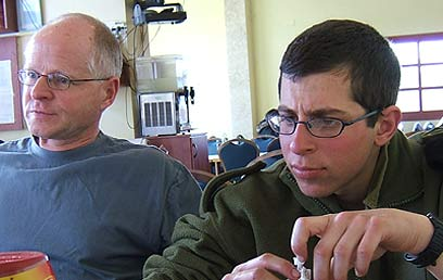 Gilad Shalit comincia una nuova vita