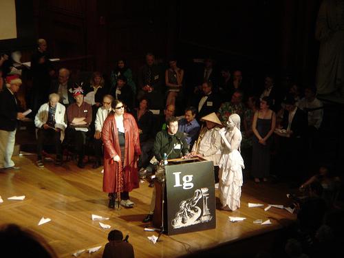 IgNobel 2011: premiati Allarme wasabi e Apocalisse