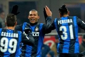L'Inter è cinica, il Napoli no: a San Siro finisce 2-1 per i nerazzurri