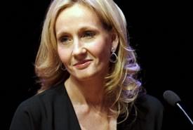 J.K. Rowling ammette: sono stata felice di eliminare Bellatrix Lastrange da Harry Potter