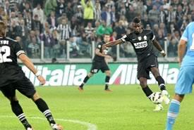 La Juventus batte il Napoli e vola in testa al campionato