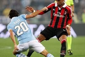 Serie A: la Lazio supera 3-2 un derilitto Milan
