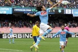 Il Napoli non lascia scampo al Pescara