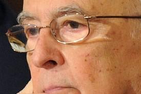 """Napolitano: """"Impegno delle forze armate all'estero è fodamentale"""""""