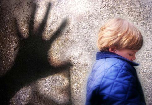 Cyberbullismo e pedofilia: genitori italiani impreparati
