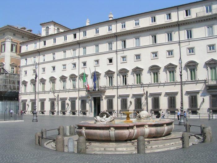 Pensioni: sindacati a Palazzo Chigi per definire la manovra